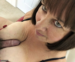 Mature amateur Mrs..