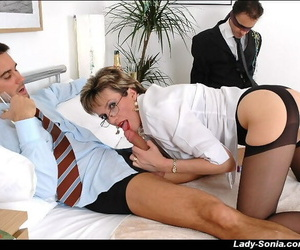 Mature femdom gives a..